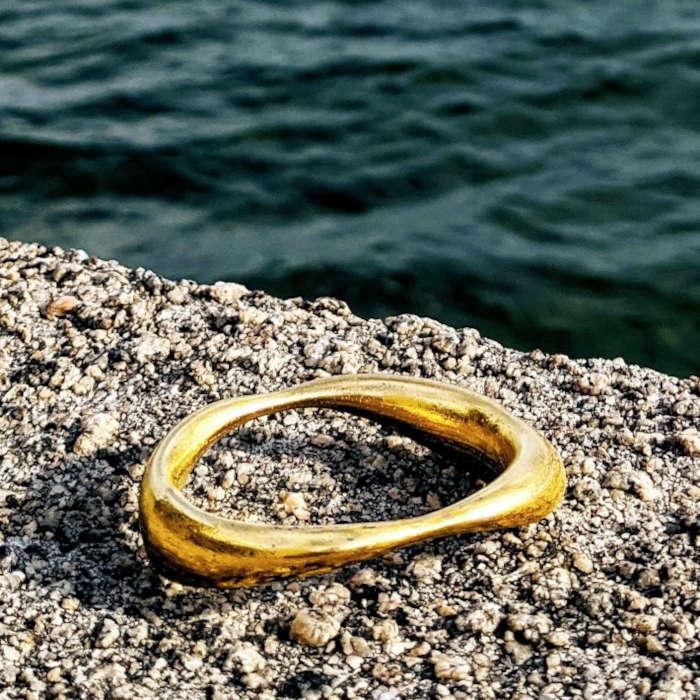 Goldene Penisringe bei Deinem Juwelier James Coq